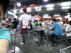 Koa pad mung thong Restaurant  ข้าวผัดเม้องทอง
