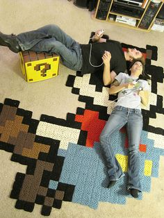 Ooh! I could totally do this, lemme just finish the 1st 8-bit Mario granny square blanket *sigh*