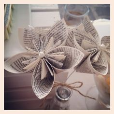 Paper page flowers at a Rustic Beach Wedding #rusticbeach #weddingflowers