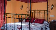 Hotel La Villa Requena Set in the historic Valencian town of Requena, Hotel La Villa is within 400 metres of San Nicolás Church and Requena Castle. Rooms include a TV and free WiFi.  The family-run hotel offers simple, functional rooms, with wooden furniture and beams.