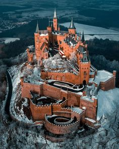 Beautiful Castles, Beautiful Buildings, Beautiful Places, The Places Youll Go, Places To See, Germany Castles, Fantasy Castle, Palaces, Medieval Castle
