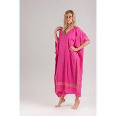 ΚΑΦΤΑΝΙ ΒΙΣΚΟΖ ΜΑΙΑΝΔΡΟΣ ΧΡΥΣΟΤΥΠΙΑ #Καφτάνι #kaftans #καφτάνια #boho #onesize #accessories #surpriceeshop #dresses #φορέματα , ένα ρούχο που μπορεί να φορεθεί όλες τις ώρες!!! Συνδυασμένο με τα ανάλογα accessories θα σας πάει απο την πρωϊνή σας βόλτα ώς την βραδινή σας έξοδο. Ριχτό, εξαιρετικά δροσερό, ανάλαφρο και άνετο ρούχο. Ταιριαστό τόσο για την γυναίκα που θέλει να κρύψει όσο και για την γυναίκα που θέλει δώσει όγκο σε κάποια της εμφάνιση..Πιο…