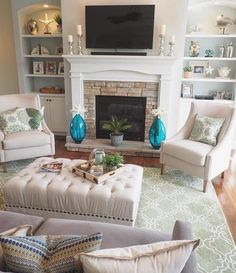 Moroccan-style tile patterns were the inspiration for this hand-tufted wool rug. The allover scroll motif is tufted in creamy ivory over a solid ground for a versatile look that goes well with a variety of furnishings and decor. Beige Living Rooms, Living Room On A Budget, Home Living Room, Living Room Designs, Living Room Decor, Apartment Living, Style Marocain, Family Room Design, Style Tile