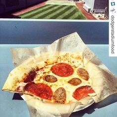 THINK BLUE: As part of UCLA Night @Dodgers Dodger Stadium will offer a Bruin Bear Pizza. This specialty Sausage & Pepperoni Pizza is only available at Tommy Lasorda Trattoria.  ( credit: @dodgerstadiumfood ) #repost  #Dodgers #dodgersdining #mlbfood  #instafood #LA #itfdb #dodgerstadium #welovela #chavezravine #food #foodie #foodporn #yum #followme #dineLA #insta_losangeles #iLoveLA #LosAngeles #igersLA #LA #DodgersSocial #TommyLasorda #pizza #UCLA #UCLABruins by dodgersdining