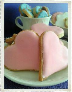 Galletas de mantequilla decoradas con royal icing