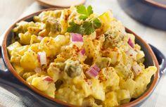 Η τέλεια πατατοσαλάτα... Ένα υπέροχο πιάτο με πατάτες, το αγαπημένο λαχανικό μικρών και μεγάλων σε κρεμώδη σάλτσα μαγιονέζας με μουστάρδα, σέλερι, κρεμμύδι