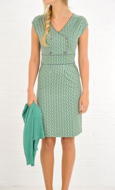 Graphic retro style dress --> taille
