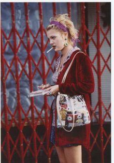 New fashion grunge drew barrymore 69 Ideas Fashion 90s, Tokyo Street Fashion, Trend Fashion, Look Fashion, Vintage Fashion, Fashion Outfits, 1990s Grunge Fashion, Stylish Outfits, Korean Fashion