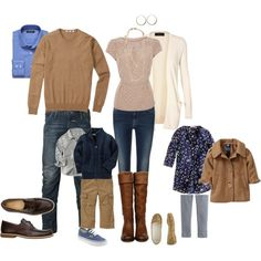 Fall family portraits - what to wear? Family Portraits What To Wear, Family Portrait Outfits, Fall Portraits, Family Picture Colors, Family Picture Outfits, Winter Family Photos, Fall Photos, Family Pics, Family Pictures What To Wear