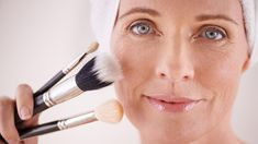 A Celebrity Makeup Artist's Take on Makeup for Older Women #eyecreamsfor20s