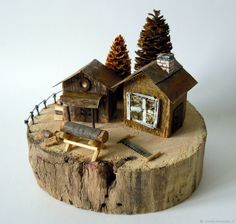Diy Crafts Slime, Diy Arts And Crafts, Driftwood Projects, Driftwood Art, Miniature Fairy Gardens, Miniature Houses, Porch Bar, Scrap Wood Crafts, Small Wooden House