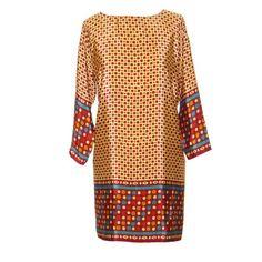 Blusón, vestido de  semi seda JULUNGGULhttp://www.julunggul.com/vestidos-chaquetas-kimonos/522-vestido-de-semi-seda-crepe-silk-estampada--012345678912.html estampada