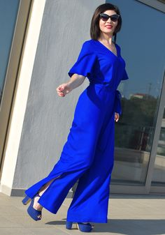 Shop luxurious women's maxi jumpsuit of vivid royal blue color from the collection spring-summer 2018 Stylati. Wrap Front Top, Blue Jumpsuits, Royal Blue Color, Wide Pants, Long Ties, Sport Chic, Fashion Seasons, Flare Pants, Spring Summer 2018