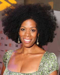Naturally Gorgeous - Comedienne Kim Wayans rocked a sexy halo of natural coils at the Toronto International Film Festival.