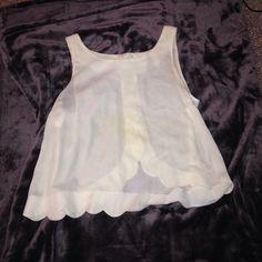 Scalloped white tank, super cute Back is great Tops Tank Tops