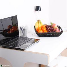 Frugtkurv Mini - håndarbejde fra naturen bragt til kontoret. Frugtkurv Mini er perfekt til den lille afdeling i virksomheden eller som det sunde alternativ til kaffe, kage og eftermiddags-snacken. Se de mange frugtkurve her: http://www.frugtkurven.dk/firmafrugt/