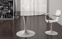 Effortlessly stylish and sophisticated the Flute Round Dining Table from Sovet provides visual harmony and lightness to an interior. Contemporary Dining Room Furniture, Modern Furniture, Furniture Design, Oval Glass Dining Table, Creations, Home Decor, Round Glass, Nest, Rock