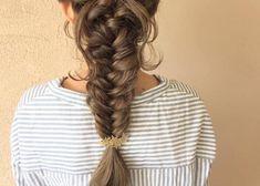 フィッシュボーンの可愛い髪型まとめ|結婚式、お呼ばれヘアアレンジ