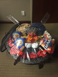 Fire pit basket for silent auction