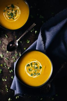 Curry Pumpkin Soup   bsinthekitchen.com #squash #soup #bsinthekitchen