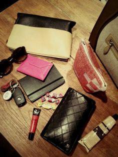 バッグの中身の画像 | 辺見えみり オフィシャルブログ 『えみり製作所』 Powered b…