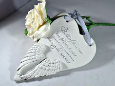 In memory of loved one ~ Personalised memorial sign ~ Loss of family ~ Angel wing remembrance keepsake, Feathers appear when angels are near - pinned by pin4etsy.com
