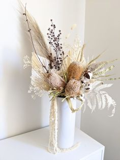 Everlasting Dried Flowers & Arrangements | Boho Blooms