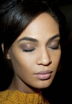 <3 Joan smalls eyebrows