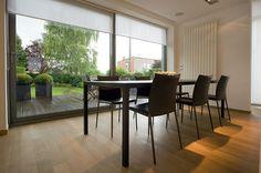 Villa moderne / Aménagement design / Salle à manger / blanc / Parquet / Architecte d'intérieur : Agence MAYELLE / Photo : ©Pierre Rogeaux