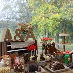 Party ideas в 2019 г. Candy Table, Candy Buffet, Dessert Table, Cake Order Forms, Sweet Buffet, Candy Bar Wedding, Ideas Para Fiestas, Candy Party, Party Themes