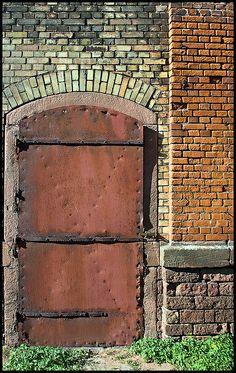 Rusty old door by xollob58, via Flickr