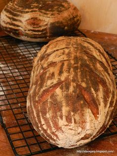 Wheat bread with Vermont sourdough Hamelman'a Bread Shaping, Nutritious Meals, Food To Make, Vermont, Grains, Food And Drink, Favorite Recipes, Baking, Eat