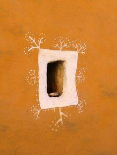 painted frame around window (or niche) - (Universe Mininga)