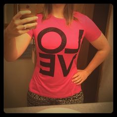 """JUICY COUTURE NWT- Hot Pink. """"LOVE"""". JUICY Couture. Tee shirt. high slits on the sides. Juicy Couture Tops Tees - Short Sleeve"""