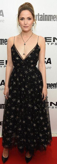 Rose Byrne: Dress -0 Valentino  Shoes – Jimmy Choo  Purse – Edie Parker  Jewelry – Atelier Swarovski