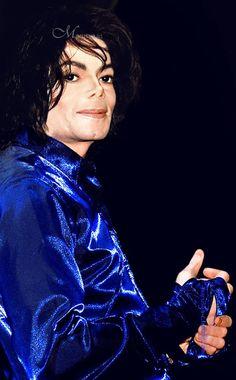 Invincible ;) You give me butterflies inside Michael... ღ @carlamartinsmj