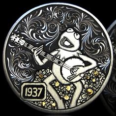 Hobo Nickel: Frog on banjo by Andy Gonzales. This coin relies heavily on engraving and could also be classified as a love token. Custom Coins, Hobo Nickel, Coin Art, Frog Art, Pretty Animals, Kermit The Frog, Modern Love, Banjo, Coin Collecting