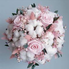 Lovely and delicate bouquet pastel flowers arrangement ll - Blumen - Bride Flowers, Bride Bouquets, Floral Bouquets, Wedding Flowers, Dried Flower Arrangements, Floral Centerpieces, Dusty Rose Wedding, Floral Wedding, Floral Design Classes