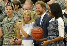 Jill Biden is teaming up with Prince Harry on Monday to celebrate the Warrior Games, the first event for the two of them since she entered the White House. Harry And Meghan News, Jill Biden, Warriors Game, Wounded Warrior, First Event, Farm Hero Saga, Duke And Duchess, Prince Harry, New Life