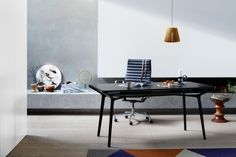 Carafe Table by Charles Wilson for Herman Miller.