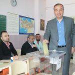 Ceyhan Belediye Başkanı Alemdar Öztürk Oyunu Kullandı