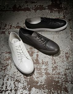 Yngve sneakers-Men's casual shoes in calf leather. Minimalist Sneakers, Men's Shoes, Dress Shoes, Creative Shirts, Tiger Of Sweden, Latest Mens Fashion, Shoe Game, Calf Leather, Fashion Shoes