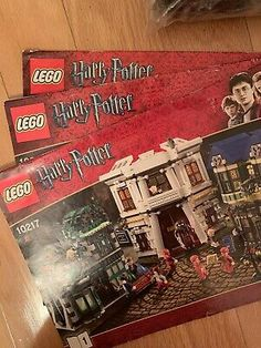Lego Harry Potter Diagon Alley (10217) - Complete w/ Minifigs & Manual (NO BOX) Harry Potter Diagon Alley, Lego Harry Potter, Geek Gear, Ron Weasley, Lego Sets, Legos, Manual, Box, Lego Games