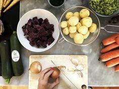 Pytt-i-panna med senapssås. Fodmap, Pharmacy, Cheese, Food, Apothecary, Essen, Meals, Yemek, Eten