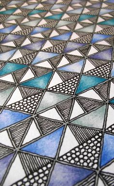 Rebecca Blair Artwork — Triangles art piece in pen and pencil Zentangle Drawings, Mandala Drawing, Zentangle Patterns, Zentangles, Tangle Doodle, Doodle Art, Teaching Patterns, Psychedelic Drawings, Triangle Art