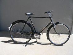 Vintage Cycles, Vintage Bikes, Retro Vintage, Retro Bicycle, Old Bicycle, Retro Bikes, Raleigh Bicycle, Raleigh Bikes, Holland Bike