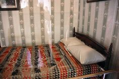Abraham Lincoln death bed - Peterson House - Washington DC - 2012-05-20 by dctim1, via Flickr