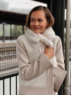 Fur-Wool Mix Cropped Coat deguy.no Turtle Neck, Fur, Wool, Sweaters, Jackets, Fashion, Down Jackets, Moda, Fashion Styles