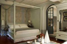 Questa settimana abbiamo intervistato Sandro ed Elga, titolari di Villa La Bianca, elegante ed esclusiva Guest House e Bed and Breakfast in Camaiore. Ecco come hanno risposto alle nostre domande.
