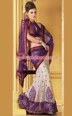 Sarees Online: Shop the latest Indian Sarees at the best price online shopping. From classic to contemporary, daily wear to party wear saree, Cbazaar has saree for every occasion. Latest Indian Saree, Indian Sarees, Indian Dresses, Indian Outfits, Sari Blouse Designs, Indian Bridal Fashion, Indian Wear, Indian Style, Indian Couture
